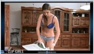 Svetlana Video 25 - Bügeln In Unterwäsche